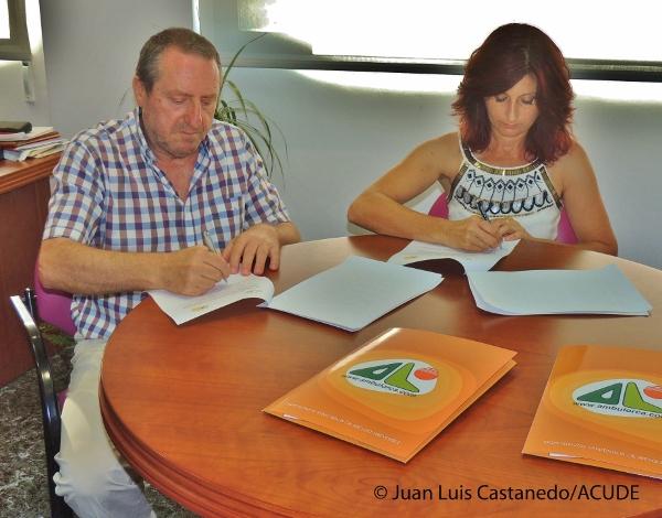 ACUDE Y AMBULORCA FIRMAN UN CONVENIO PARA COLABORAR EN ACTIVIDADES DE EDUCACIÓN AMBIENTAL